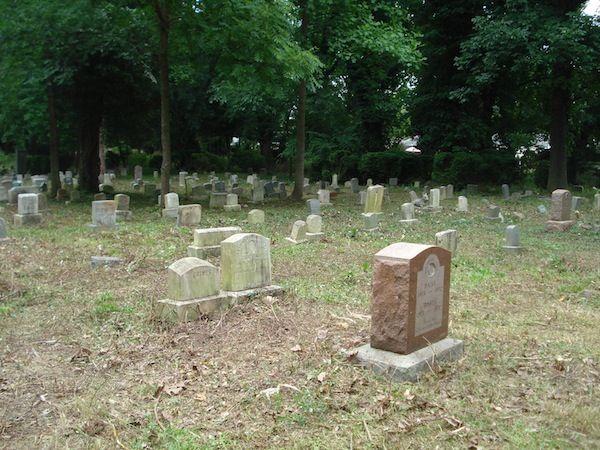 cemetry gravestones